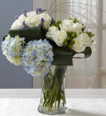 Hand-tied rose & hydrangea flower arrangement