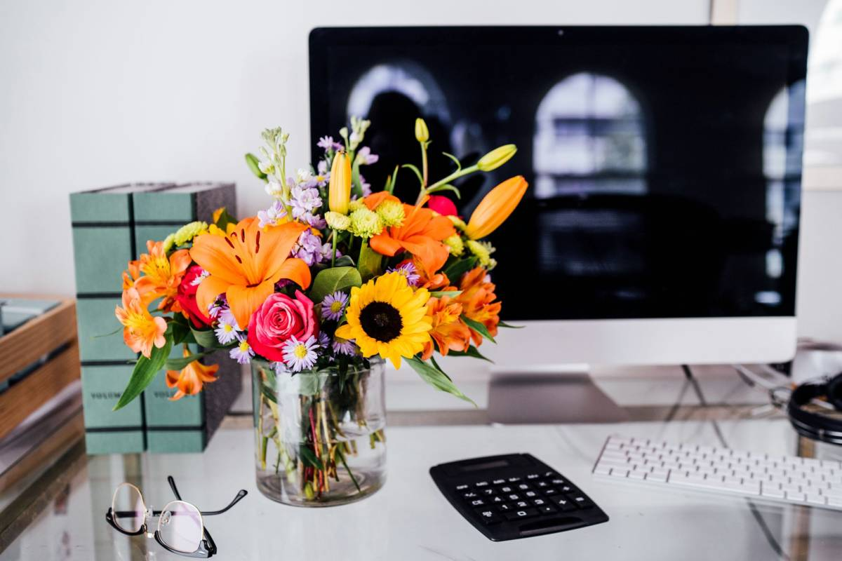 Administrative Professionals Day - What to Say & Do
