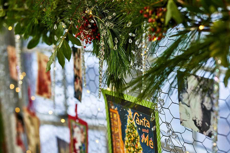 Hanging Christmas photos